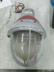 Federal Signal Beacon Ray Strobe Light For Hazardous Duty Model 27xst 120v new