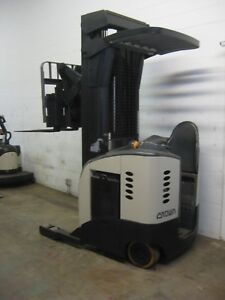 Crown narrow aisle Reach Forklift 3 500 Cap 240 Max Height Side shift