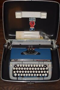 Vintage Smith corona Classic 12 Manual Portable Typewriter Working Condition