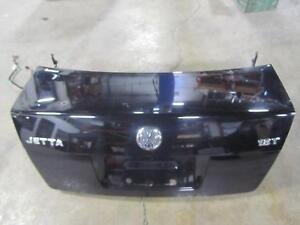 01 04 Volkswagen Jetta Trunk Lid Gate Sedan Sdn Black 041