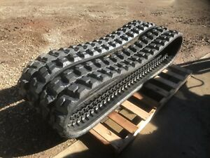 New Set Of Camso Rubber Excavator Track Treads Hxd 300x55x77 Ahisa