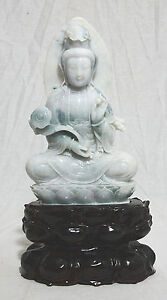 Well Hand Carved Chinese Seated Jadeite Kwan Yin Figure