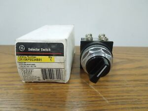 Ge Cr104psg34b91 Selector Switch Black Cap 3 Position Maintained New Surplus