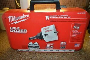 Milwaukee 49 22 4155 18 Pc Master Plumbers Bi metal Hole Saw Kit Hole Dozer