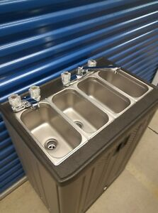 Self Portable Sink Mobile Concession 4 Compartment With Hot And Cool Water 110v
