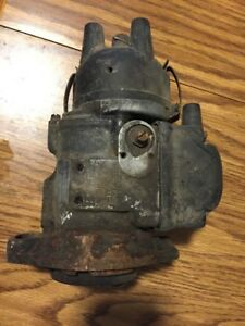 Antique International Harvester Ihc H4962098 Tractor Magneto Mag H4 Farmall Cub