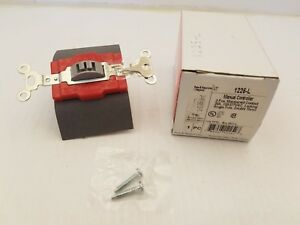 Pass Seymour 1225l Locking Switch Man Controller 3pos 20a 120 277vac Sp Dt Nib