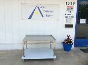 New Stainless Steel 42 X 32 Equipment Stand W backsplash 3015