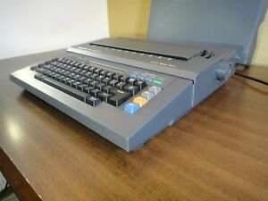 Panasonic Rk t34 Electric Electronic Typewriter With Cover T34