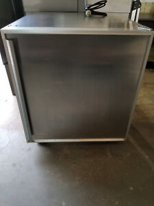 Silver King Skucf7f Undercounter Commercial Freezer 115v 7amp