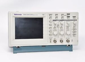 Tektronix Two Channel Digital Oscilloscope Tds 210 digital Real Time Scope