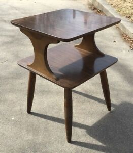 Mid Century 1960 S Two Tier End Table