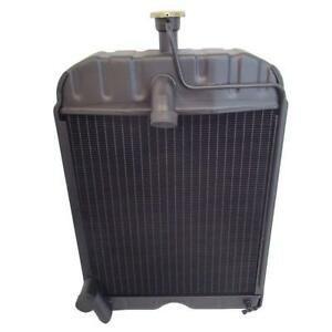 8n8005 New Radiator For Ford Tractors 2n 8n 9n With Cap 4 Row