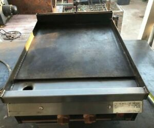 Wolf Brand 24 Dual Burner Flat Top Commercial Griddle