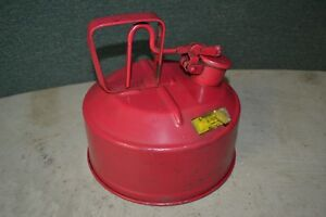 Protectoseal Safety Gas Oil Can 2 Gallon Red Vtg Heavy Duty
