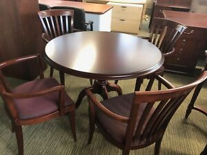 42 Round Traditional Style Set Table 4 Chairs By Steelcase Office Furniture