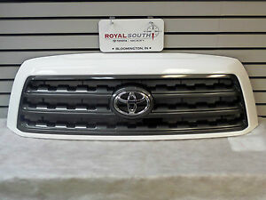 Toyota Sequoia Painted Super White 040 Grille Genuine Oe Oem