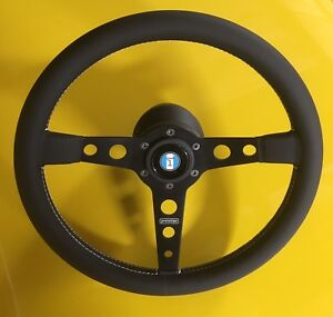 Detomaso Pantera Gts Style Momo Steering Wheel W Hub And Logo 71 89 New