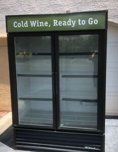 True Gdm 49 Double Door Glass Front Display Refrigerator Nice Free Shipping