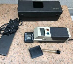 Mitutoyo 211 Surface Roughness Tester