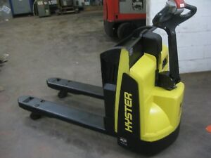 2015 Hyster Electric Pallet Jack Brand New Batteries Very Low Hours Charger