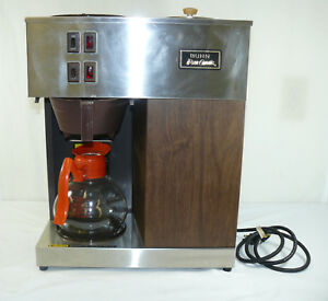 Bunn Pour omatic Coffee Brewer Commercial Office Model Vpr With Coffee Pot