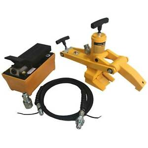 Agricultural Truck Tire Hydraulic Bead Breaker Kit With Foot Pump yellow