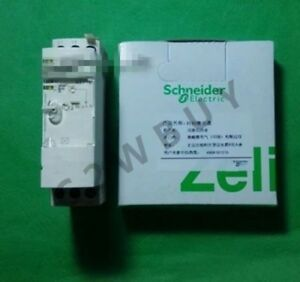 One New Zelio Time Re7cp13bu