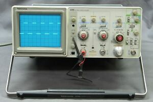 Tektronix 2215 2 Channel 60mhz Analog Oscilloscope Tested Good