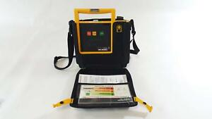 Physio control Lifepak 500 Biphasic Aed 3011790 000114 W Carrying Case Defib