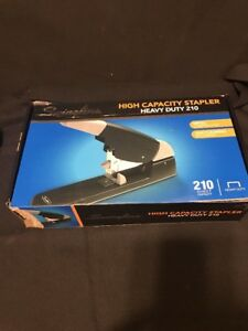 8617 Swingline High capacity Heavy duty Stapler 210 sheet Black gray 90002