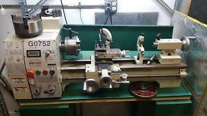 Lathe Grizzly G0752 10 X 22