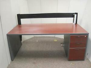 Teknion 6 Ft Home Office Cherry Wood 3 Drawer Trading Computer Desk W Divider