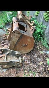 Case Backhoe Buckets 24 18 12 Tag Buckets With 1 75 Pin Grabber Coupler