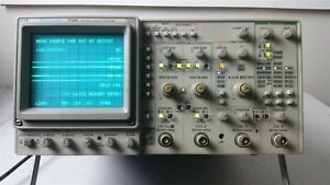 Tektronix 2246a Analog 100mhz Oscilloscope 4 Channel