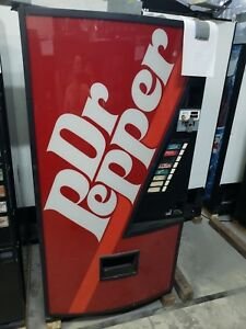 Dr Pepper Dixie Narco 368 Soda Drink Machine takes Bill coins can water Bottle