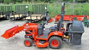 2017 Kubota Bx2670 4wd Tractor 54 Deck La243 Loader 3 Bagger Blower 37hrs