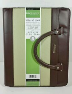 New At a glance Day Runner Attache Organizer holds Size 5 Refills 8 5 x11