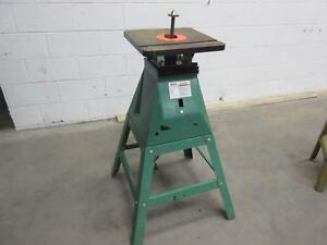 Grizzly G9922 Oscillating Spindle Sander T94077