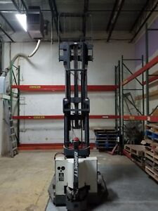 Used Barrett Electric Barrett Walkie Straddle Stacker With Electric Charge