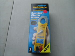 New Fieldpiece Sc260 Compact Clamp Meter With True Rms Magnetic Hanger