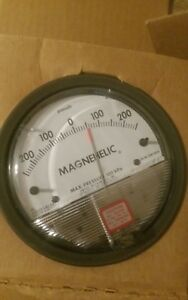Dwyer Magnehelic 250 250 Differential Pressure Gage 2300 500 Pa Pascals