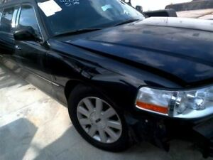 Passenger Right Fender Fits 03 11 Lincoln Town Car 822307