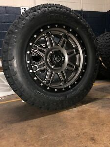 20x9 Fuel D568 Hostage Iii Anthracite Wheels 34 Toyo Tires Ford F150 6x135
