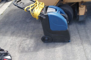Powr flite Pfx3 Prowler Self contained Carpet Extractor 3 Gal Capacity