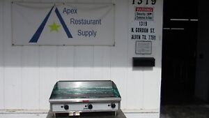 Toastmaster 36 Inch Propane Griddle W 3 Burners Great Shape 3276