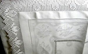 Victorian Tulip Lace Daisies Damask Linen Teacloth 39 Elegant Hand Work