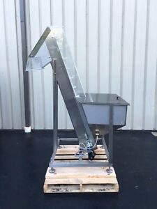 Cap l Cleated Belt Hopper elevator Stainless Steel For Caps Parts