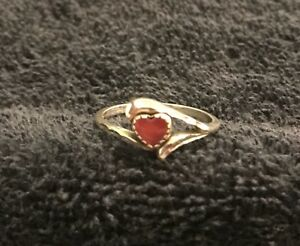 Sterling Silver 2 Grams Smooth Pink Heart Stone Textured Ring Size 10 In Box