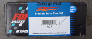 Brand New Fdp Rear Parking Brake Shoes 807 Fits 99 04 Jeep Grand Cherokee